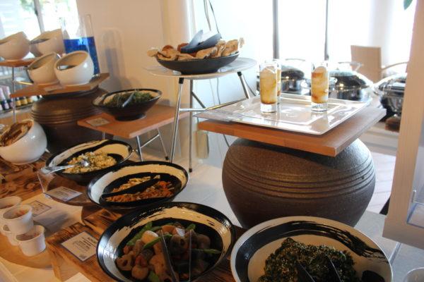 オクマプライベートビーチ&リゾート ラウンジ 朝食 レストラン