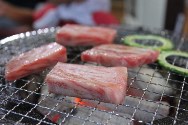 おばぁの家 沖縄 焼肉 メニュー 駐車場