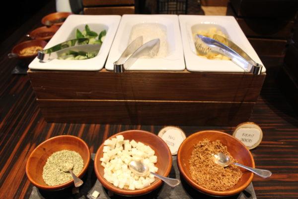 リッツカールトン 沖縄 子連れ 口コミ 宿泊記 レストラン グスク モーニング ランチ