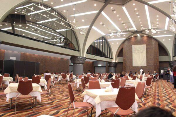 新富良野プリンスホテル 温泉 朝食 レストラン